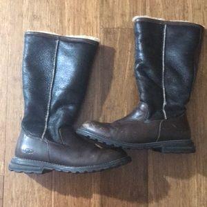 UGG Shoes - UGG Tall Brooks size 10